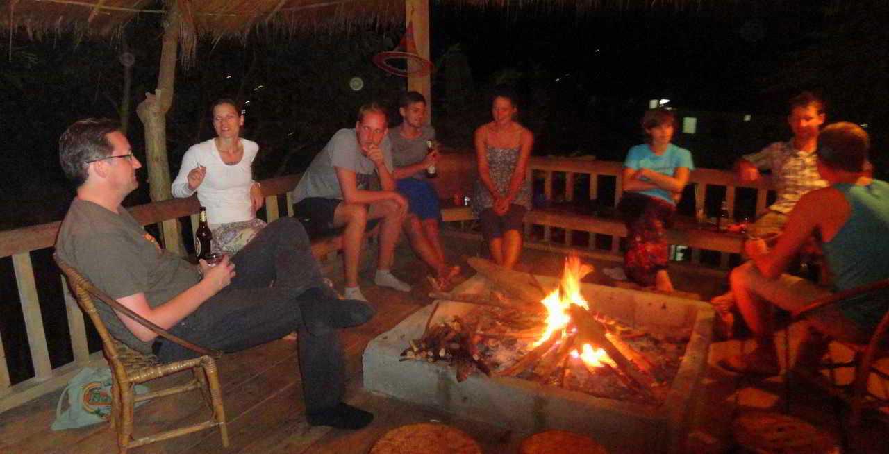 Daauw social campfire
