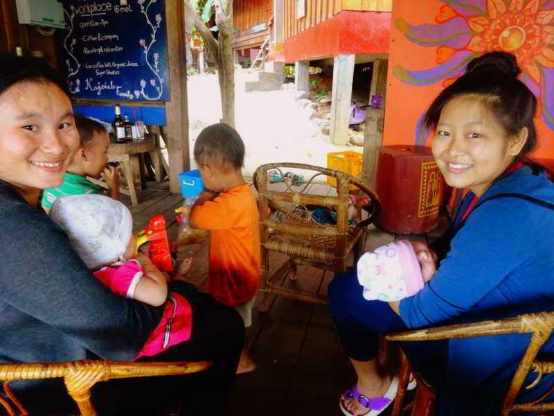 daauw people-lao-culture